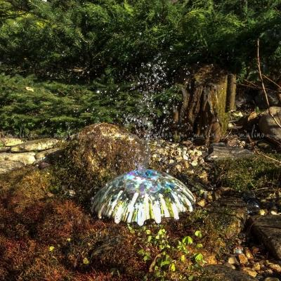 Светильник-фонтан с плафоном из коллекции Медуза